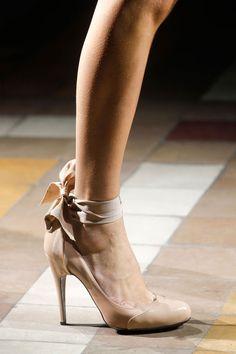 Las 26 mejores imágenes de sabates decorades   Sandalias
