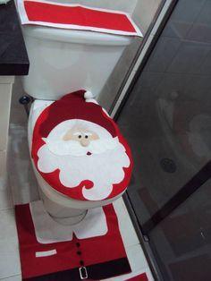 Jogo de banheiro de Natal, com lindo papai noel no assento do vaso, confeccionado todo em feltro, linda opção para presentear quem você ama. Desde já feliz natal cheio de fofuras.  EM BREVE MAIS PRODUTOS NATALINOS ohohohoh!!!!!