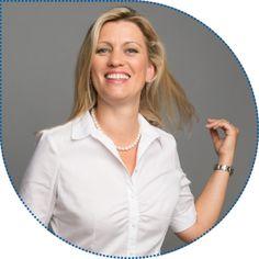 Kristina Grammatidis, Ehefrau von Dr. Alexis Grammatidis, ist unsere gute Seele. Sie kümmert sich seit Gründung der Praxis 1998 um Personalfragen, Backoffice und Buchhaltung, die Löhne sowie den Einkauf – kurz gesagt: um die gesamte Administration in unserer Fachpraxis. Und nicht zuletzt kümmert sie sich um die Familie mit zwei Kindern.