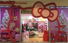 Am decorat magazinul de Craciun ! Vino la Iulius Mall Timisoara sau pe www.mykittystore.ro !
