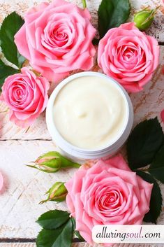 Rose face cream can help you get rid of dark spots and scars. It makes skin nourished, prevents pimples and also removes wrinkles. Buy Essential Oils, Frankincense Essential Oil, Rose Essential Oil, Dark Spots Under Armpits, Dark Spots On Legs, Ingrown Hair Remedies, Natural Face Cream, Diy Lotion, Beauty Tips For Face