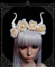 Devil flower crown  Horns  Headdress Roses by BlackUnicornShop, €52.00
