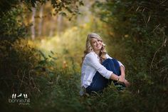 Bonnie Hill Photography #bonniehillphotography #seniorpictures Senior portraiture in the fall.  Such a beautiful girl!  Nice bokeh going on and tack sharp eyes.