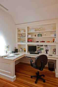 Love this Custom Office Cabinetry