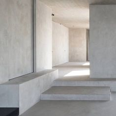 minimalismco: how can floor-to-ceiling concrete look so soothing...
