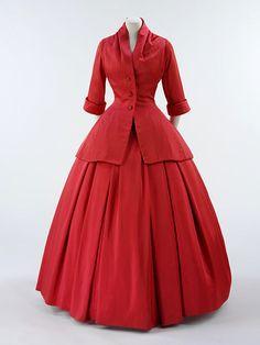 Evening ensemble by Dior, 1954-55 Paris, the V Museum