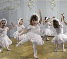 Tiny Dancers. Does it get any cuter than this ?
