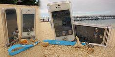 Funda submarina para el iPhone... Supongo que para hacer fotos, porque lo de hablar debajo del agua...