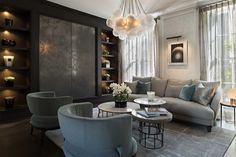 This home in Knightsbridge, London is a great example of taking traditional architecture and gi...