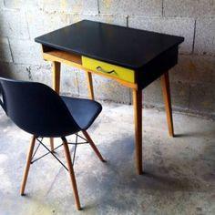 Bureau vintage années 50 relooké                                                                                                                                                                                 Plus