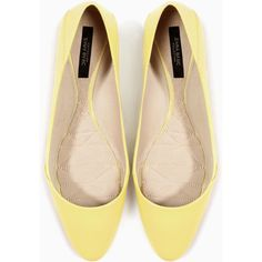 Zara Leather Ballet Flat (245 MXN) ❤ liked on Polyvore featuring shoes, flats, yellow, zara, flat pumps, yellow ballet flats, ballet flats, zara flats and yellow flat shoes