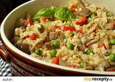 Tarhoňa s vařeným kuřecím masem a hlívou recept - TopRecepty.cz Cooking Recipes, Healthy Recipes, Fried Rice, Easy Meals, Food And Drink, Treats, Ethnic Recipes, Bulgur, Lasagna