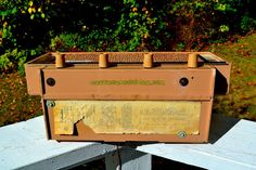 """BLUETOOTH MP3 READY - Beige Pink Mid Century Retro Antique Vintage 1957 Silvertone Model 9013 AM Tube Radio Totally Restored! DIMENSIONS: Approximately 15.5"""" x"""