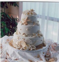 beach wedding cake | beach wedding cakes | Becky