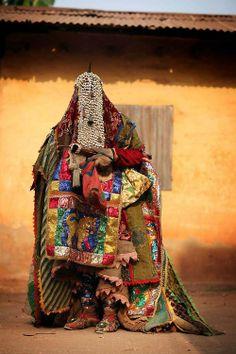 phobs-heh:  Ouidah, Benin, voodoo ceremony - Egungun spirits