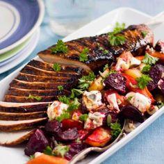 Helstekt fläskytterfilé i ugn med krämiga rostade rotfrukter. Rätten passar både till vardag och fest! Receptet och mer inspiration finner du på Tasteline!