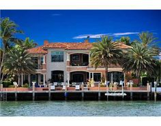 Luxury villa in Miami Beach