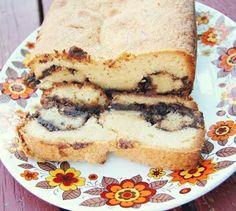 Nutella Swirl Pound Cake! Delicious recipe inside =)