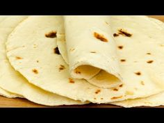 Shawarma, Bread Recipes, Wraps, Biscuits, Food And Drink, Quesadilla, Ethnic Recipes, Pane Pizza, Youtube
