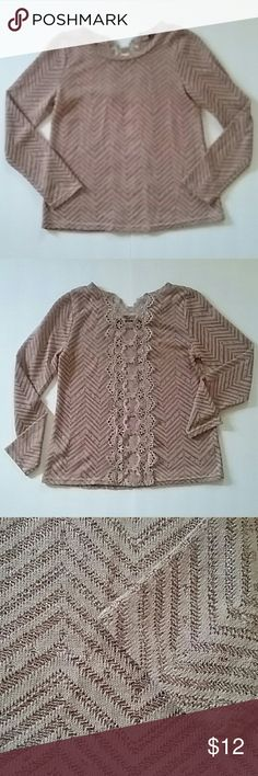 Doe & Rae Bohemian Top Rohemian maroon long-sleeve top the back features a strip of lace there are holes between the lace very chic looking.  Bus 36  length 22  100% acrylic  condition excellent   make offer I combine shipping Doe & Rae Tops