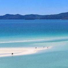 Whitehaven Beach, Whitsunday Islands, Australia.