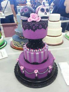 dia de los muertos desserts | Dia de los muertos wedding cake