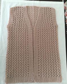 Women's knit vest models – from you Diy Crochet, Crochet Hats, Knit Vest Pattern, Baby Knitting Patterns, Fashion Accessories, Sweaters, Women, Public, Models