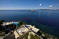 Discover the 5 star beachfront Hotel Dubrovnik Palace with Adriatic Sea views and a contemporary interior design scheme, a winner of numerous travel awards. Hotel Dubrovnik Palace, Villa Dubrovnik, Dubrovnik Croatia, Palace Hotel, Best Hotel Deals, Best Hotels, Luxury Hotels, Top Hotels, Europe Destinations