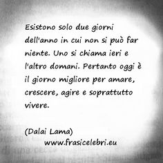 Citazioni - aforismi - frasi - coaching - inspirational - accept everything of your past - thanks to all experience you became who you are - Oscar Wilde Dalai Lama, Wise Quotes, Words Quotes, Inspirational Quotes, Sayings, Osho, Mahatma Gandhi, William Shakespeare, Most Beautiful Words
