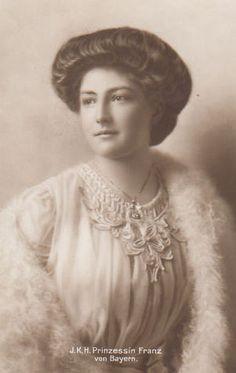 Princesse Isabella von Croÿ (1890-1982) épouse du prince Franz de Bavière