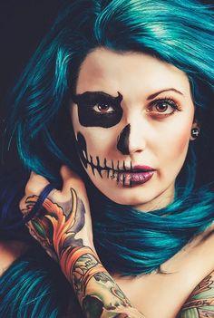 halloween make up Halloween Makeup Sugar Skull, Creepy Halloween Makeup, Skull Makeup, Halloween Makeup Looks, Halloween Nail Art, Halloween Skull, Halloween Make Up, Halloween Ideas, Creepy Makeup
