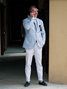 コードレーン×ホワイトパンツにこなれ感をプラスする極意がコレです! | メンズファッションの決定版 | MEN'S CLUB(メンズクラブ)
