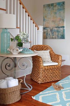 This beachfront Perdido Key, Florida home by Cindy Meador Interiors is such a dream! The talented designer out of Gulf Shores, Alabama worked with Dalrymple Sallis Architecture and Old South Constr… Beach Cottage Style, Coastal Cottage, Beach House Decor, Coastal Style, Coastal Decor, Home Decor, Coastal Colors, Coastal Homes, Coastal Bedrooms