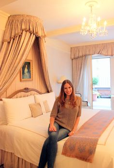 Check out my amazing stay at Hotel Elysee in NYC!