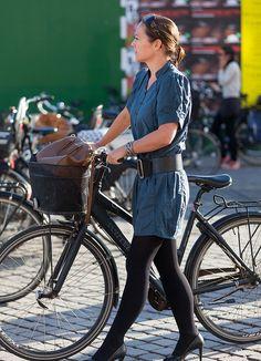 The bike basket adds something. Copenhagen Bikehaven by Mellbin - Bike Cycle Bicycle - 2012 - 8698 by Franz-Michael S. Mellbin, via Flickr