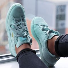 """""""In love with this colour """""""