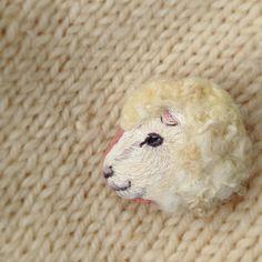 ".  embroidery brooch  "" sheep ""  .  2015年未年の年賀状に使用した  羊🐑  .  ."