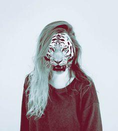 Falling – Les portraits surréalistes de Laura Williams (image)