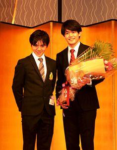 宇野昌磨選手らが日本スケート連盟から表彰 | 中京大学