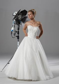 Here Are 10 Wedding Dresses Under GBP500