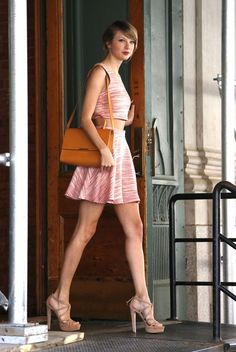 June 18, 2014 | The Official Ranking Of Times Taylor Swift Left Her Tribeca Apartment In 2014