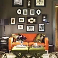 Bilderesultat for living room dark green