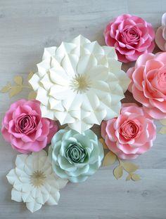 White Paper Flowers, Paper Flowers Wedding, Giant Flowers, Pink Paper, Potted Flowers, Paper Flower Centerpieces, Paper Flower Decor, Flower Decorations, Flower Clipart