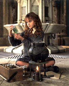 Hermione Granger | Emma Watson | Harry Potter et la chambre des secrets (2)