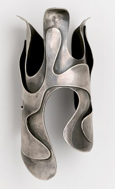 """Art Smith (American, 1917–1982). """"Lava"""" Bracelet, circa 1946. Silver,2 1/2 x 2 5/8 x 5 3/4 in. (6.4 x 6.7 x 14.6 cm). Brooklyn Museum, Gift of Charles L. Russell, 2007.61.16"""
