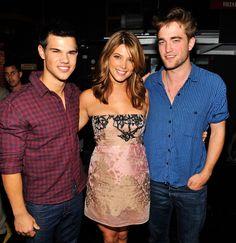 Taylor, Ashley, and Rob at 2010 Teen Choice Awards