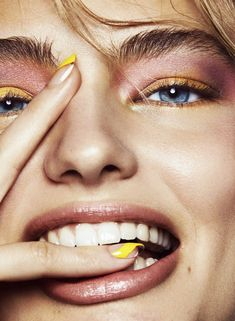 German model Anna Mila Guyenz turns up the glam factor in ''Mellow Yellow'', a beauty editorial lensed by photographer Mikael Schulz for Vogue Mexico & . Beauty Makeup, Face Makeup, Hair Beauty, Scary Makeup, Clown Makeup, Sfx Makeup, Eyeshadow Makeup, Makeup Photography, Editorial Photography