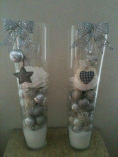 Met glazen hoge vazen maak je de mooist winterdecoratie tafelstukken voor in huis - Zelfmaak ideetjes