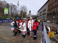 Grazie di cuore a tutti i runner che hanno corso per Fondazione Theodora Onlus alla Milano City Marathon. Siete stati bravissimi, super atletici e dal cuore d'oro! Noi siamo già all'opera per la maratona del 2014…ci saranno tante sorprese per i nostri corridori e supporter, sarete coloratissimi e bellissimi..non vi diciamo altro! A presto!!
