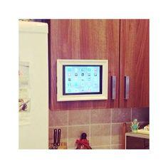 Creare un porta ipad con una cornice IKEA